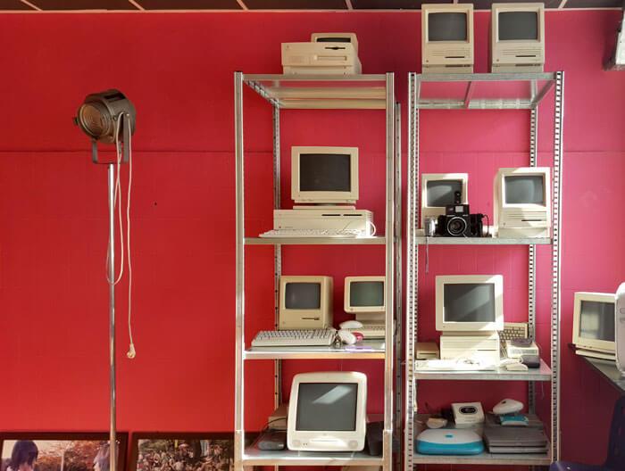 Het Mac museum in de kantine van Opatel